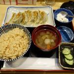 和味餃子 - 白 本鰹だし餃子(焼)