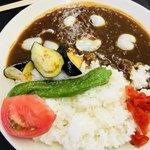 箱館山レストラン・第2ヒュッテ - ゆり根の夏野菜カレー ¥1,050