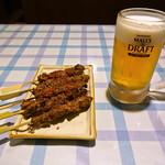 常盤酒家 - ラム肉の焼き (5本)とビール