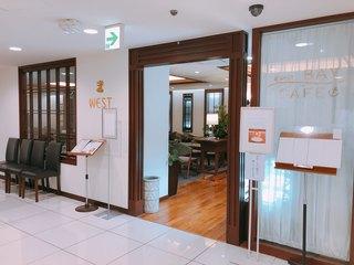 ウエスト ベイカフェ ヨコハマ - 外装 横浜高島屋3階にあります。