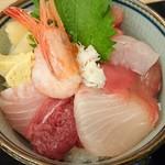 88561949 - 海鮮丼(¥1,200)