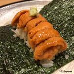 銀座くどう - 料理写真:バフン海胆の手巻き寿司
