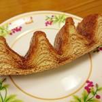 アトリエ プティ ボア - Gâteau à la broche(ガトー ア・ラ・ブロッシュ) カット…税込760円
