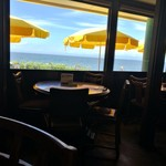マーロウ 本店 - 目の前が海のテラス席