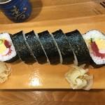 榮寿司 - 海鮮巻(800円)