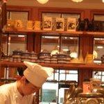 snob's heart cafe -