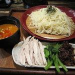 麺飯場 たんや - ざる坦々\890