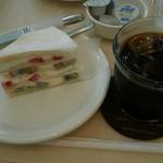 88582183 - ミラクレープ アイスコーヒーセット  ¥700