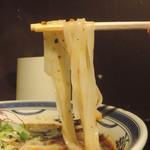 牛辛麺 - 極辛麺の麺