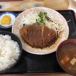 ことぶきや - 料理写真:本日のランチ みそかつ定食 650円