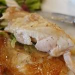 ウラエビス - 若鶏のロースト1,100円