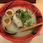 博多ラーメンげんこつ - 料理写真:玉子ラーメン