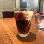 BEER DINING 銀座ライオン - ランチには飲み物もつきます