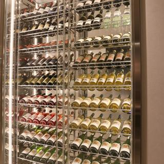 130本収納のワインセラー