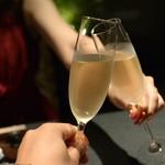 88604698 - まずはシャンパンで乾杯