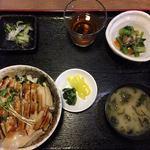 88604882 - 煮穴子丼ランチ