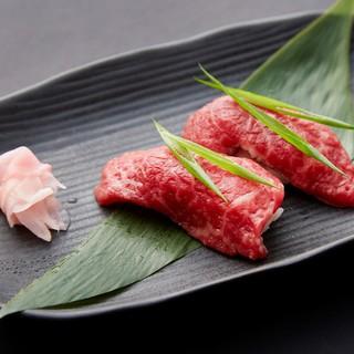 《黒毛和牛のうにく寿司》or《キャビア寿司》をプレゼント♪