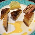プールトワ - デザートの盛り合わせ