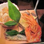 加賀屋 - エビと魚とイカの八寸