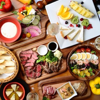 野菜が豊富に獲れるコースや糖質制限コースなど宴会プランも充実