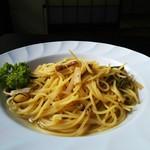 陽ぼっこ - 山菜きのこパスタ