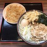 わだうどん - 料理写真:すごい特選(あつ)+煮玉子