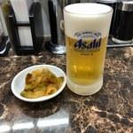 88619421 - 生ビール(小)&ザーサイ