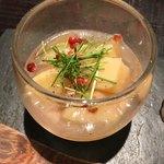 京橋もと  - 桃の酒蒸し?