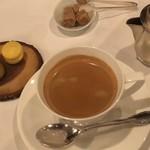 シェ・コーベ - コーヒーと小菓子