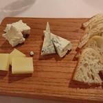 ル・ポワロン - チーズ盛り合わせ