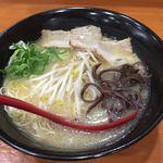 筑豊ラーメン山小屋 - ラーメン 700円