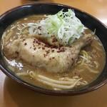 あっぱれ亭 - 料理写真:カレーラーメン850円