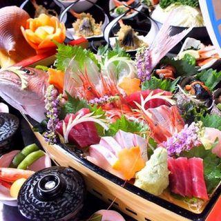 舟盛り祭り開催!!七尾港直送の新鮮鮮魚を豪華舟盛りで…