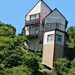 88632987 - 金谷インターの山頂の家、改装したんですねぇ(⌒‐⌒)