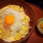 8864015 - 親子丼¥850