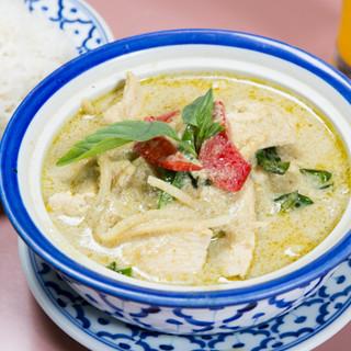 大人もしっかり楽しめる、本格タイ料理をご提供いたします!