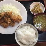 稲香村 - 料理写真:唐揚げ定食