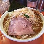 麺屋大斗 - らーめん730円、炒め野菜100円