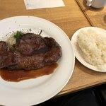 神田ビストロ style - 本日のビーフステーキランチ。これにスープ、サラダ、コーヒーが付いて1,200円