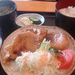 レストラン 戸々魯 - 生姜焼き定色