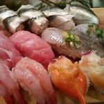 かわなみ鮨 - お寿司盛合せ(新子、トロ、鰯、甘えび、ホッキ貝)