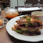 Afternoon Tea TEAROOM -