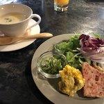 トライベッカ - スープと前菜盛り合わせ