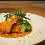 ダンスキューブ・カフェ - 大山鶏のトマト風味玄米リゾット