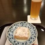 88672687 - 地ビール(ちょんまげビール)と焼き胡麻豆腐