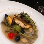 88675426 - ムール貝と鯛のアクアパッツァ。アッサリとした、いいスープが出て、飲み干したぐらい(*´∀`)