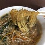 宝来 - 麺リフト  餡かなり粘土高めです
