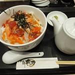88678231 - 海鮮ちらし寿司(1,000円)