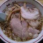 新月  - ワンタンメン(750円)