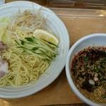 廣島中華そば 兎 - 料理写真: